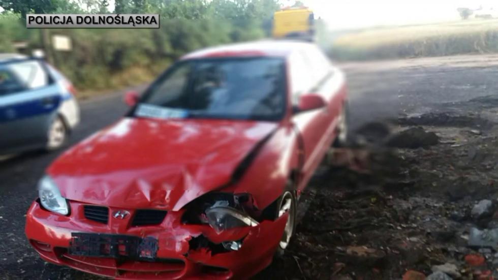 Sprawca zdarzenia drogowego zatrzymany po pościgu – miał ponad 2 promile