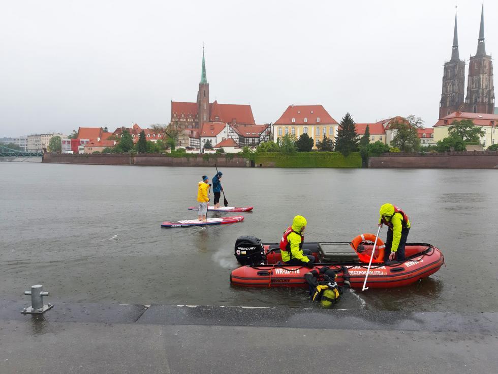 Przygotowanie Odry doTriathlonu Wrocław - mapowanie dna Odry