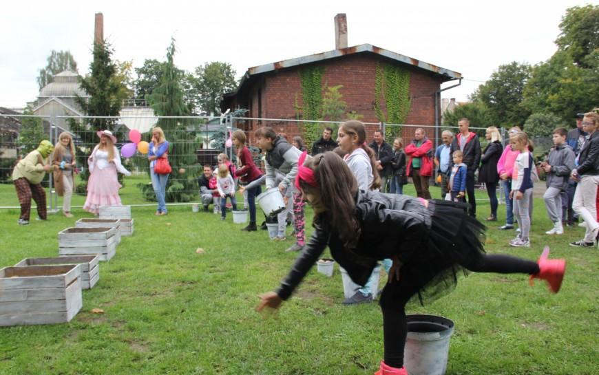 Legnickie mini zoo ma już pięć lat -  przyjęcie urodzinowe