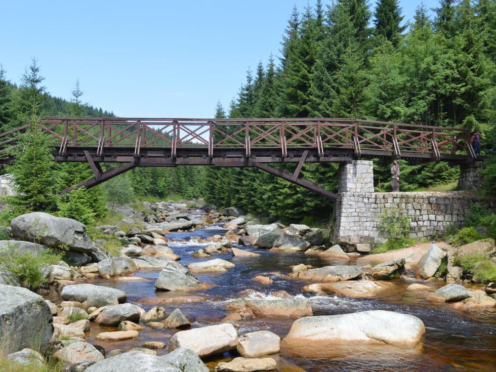 Zamknięcie mostu granicznego Orle—Jizerka (zdjęcia, mapa)