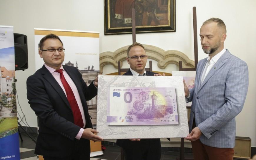 Rusza sprzedaż wyjątkowego banknotu poświęconego Legnicy